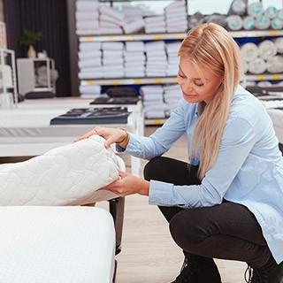 Découvrez en magasin nos grandes marques de literie et bénéficiez de conseils d'expert